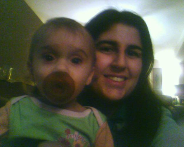 Moi et une des jumelles que j'ai gardées :-)!