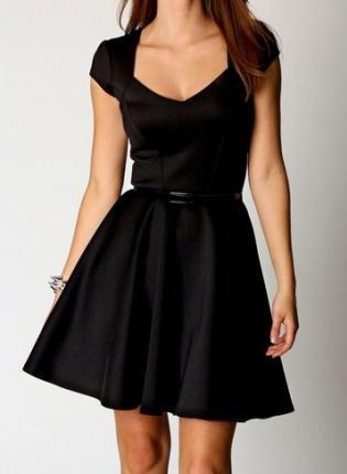 Chapitre 3:  A black dress story