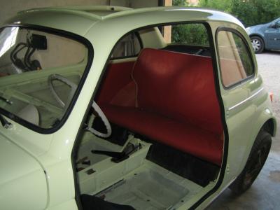 essai de la sellerie restauration d 39 une fiat 500 d de 1964. Black Bedroom Furniture Sets. Home Design Ideas