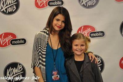 7/10: Selena a la radio NRJ Jingle Ball