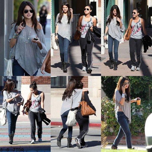 7/02: Selena et Francia Raisa dans les rues de Los Angeles