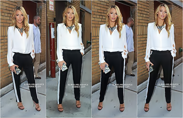 . 29 juin 2012 - Blake Lively a participé au Late Night with Jimmy Fallon à New York avec son neveu. .
