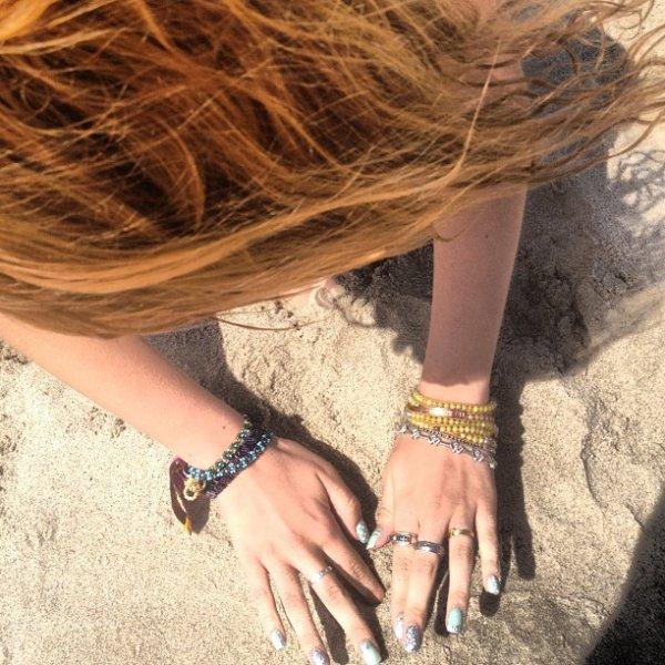 Nouvelle photo de Bella à la plage le 29/04/12