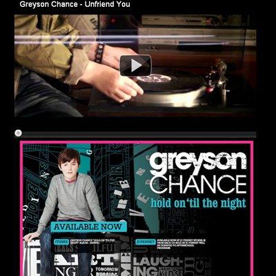 """Le 3/09/2011à 14h00. Greyson fera un concert à John Hancock Center et il signera des autographes à Chicago, IL + Greyson remercie un message de @MaterialGirlCol! . Car elle ont mise sur leurs blog le clip de Greyson """" Infriend You"""""""