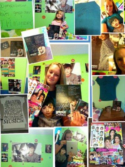•Le 26 août : Greyson à fait un petit cadeau à une fan, il à twitté des photos d'elle en la remerciant. Tout le monde n'a pas cette chance!