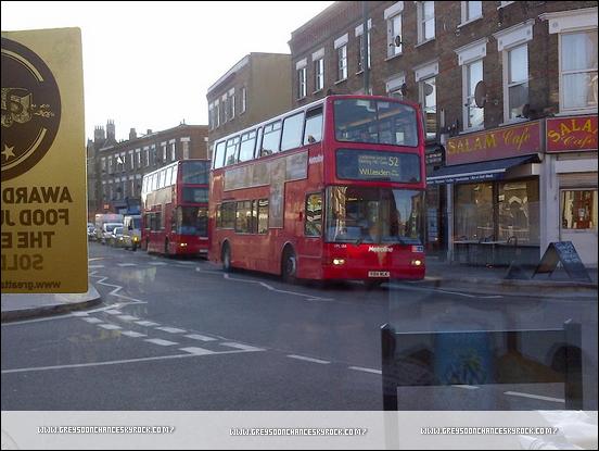 02/02/2012: Greyson Chance est à Londres, donc près de la France ! j'espère qu'il va bientôt venir, car depuis le temps qu'on attend !