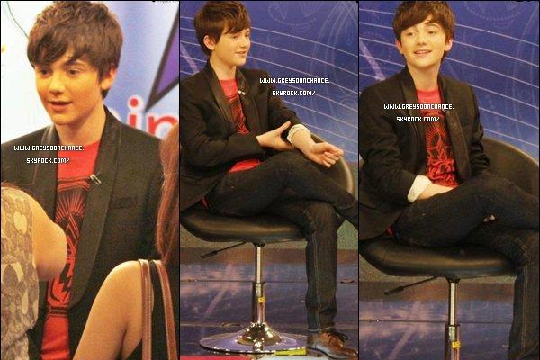- 09/05/2012 : Greyson Chance sur les plateaux de Nine Entertainment TV voici la suite des photos ! -