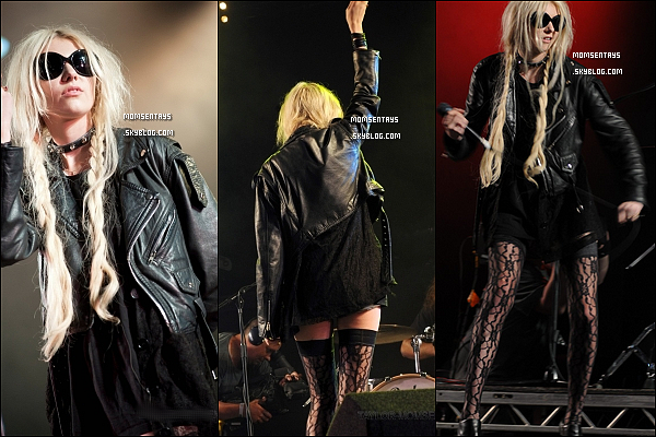 *__10/07/11 |   Taylor Momsen et son groupe The Pretty Reckless  ont performer au Park Festival en Ecosse . TOP/FLOP ?    C'est un TOP ! J'aime beaucoup sa tenue. Mise a part la coiffure que je n'adhere pas du tout. Ses porte-jaretelles sont superbes !  *
