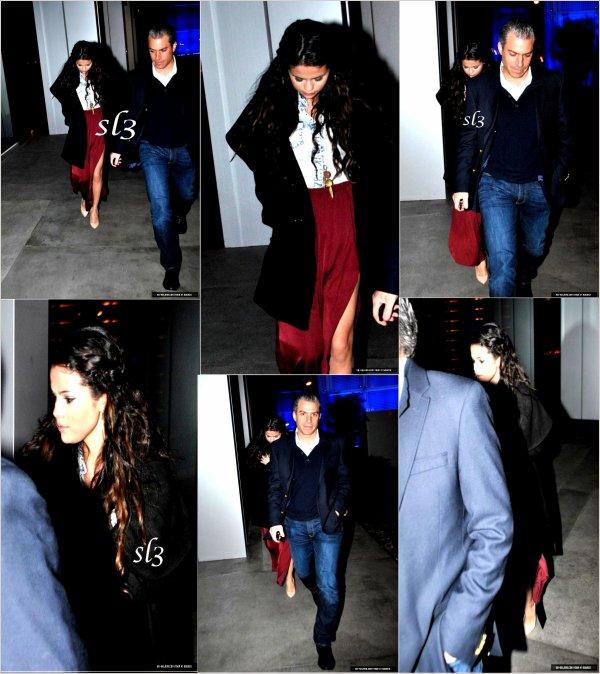 Selena a été aperçue sortant du restaurant 11.01.2013