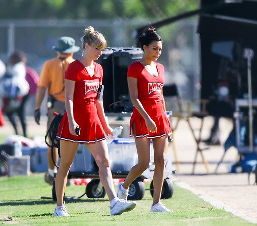 "Naya and Heather filming ""Problem"" for Glee"