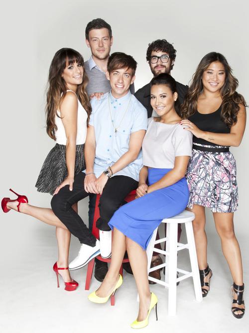 Naya, Kevin, Cory, Lea, Darren and Jenna pose for TV Guide Magazine at Comic Con in 2012