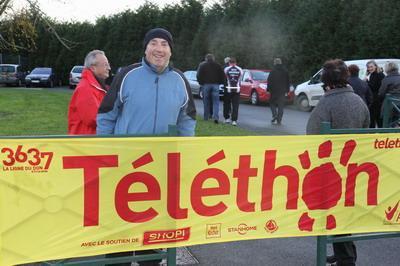 telethon a Beuvry marche  aujourd'hui vent violent LE 25 11 2012