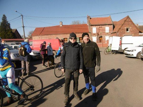 Pas de vélo ce matin trop  fro  marche a HOUCHIN