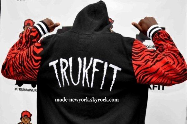 La marque de notre Rappeur Millionnaire Lil'wAyNe TRUKFIT