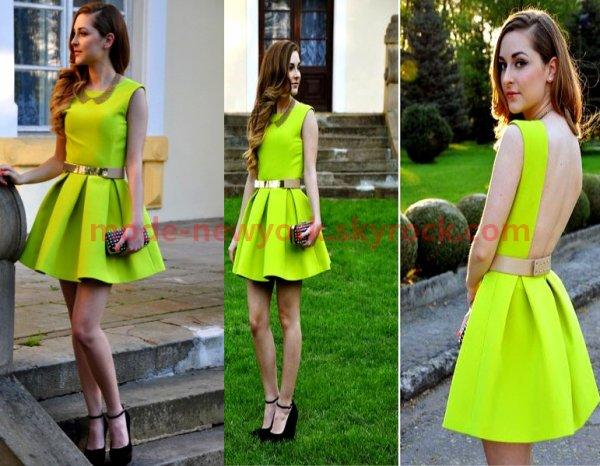Combien de commentaires pour la robe verte ?