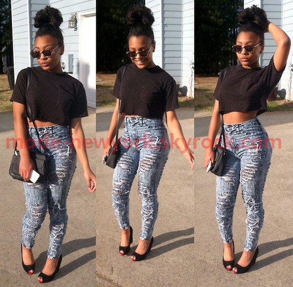 toi aussi tu peut t'habiller comme elle ? laisse un commentaire dit ce que t'en pense .