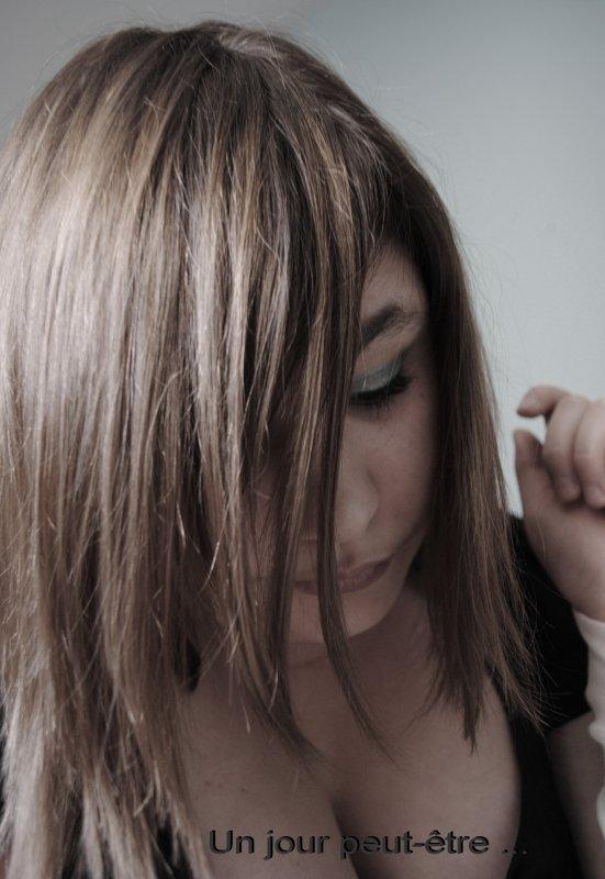 Je suis comme un arbre qui n'a plus de séves mais qui tien encore debout et qu'un seul coup de vent suffirais à faire tombé.