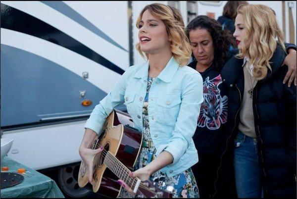 Backstage Violetta 3 poze :))