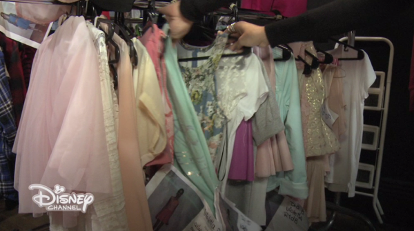 Garderoba fetelor din Violetta 3!