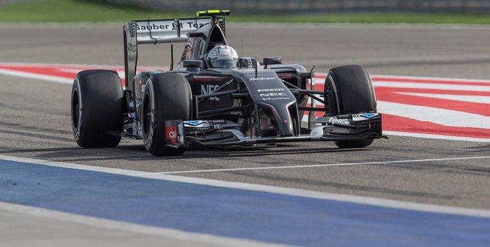 La Sauber C33 souffre en ligne droite