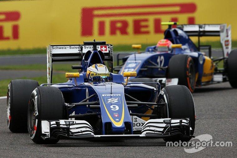 """Sainz - Sauber sera """"deux crans en dessous"""" avec le vieux moteur Ferrari"""