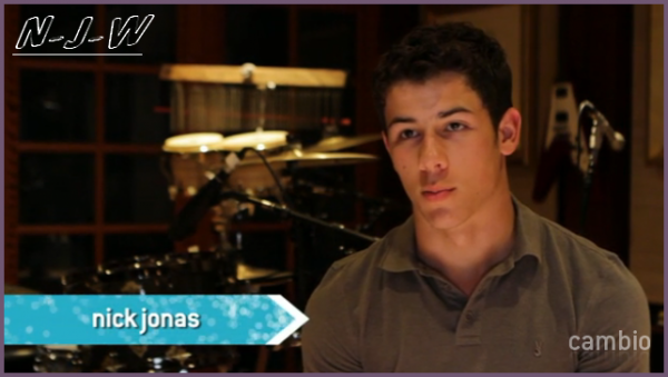 Nick compose des musiques pour le jeu, Wizards 101