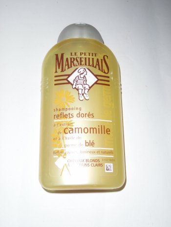 La guerre des shampoings pour cheveux blonds !