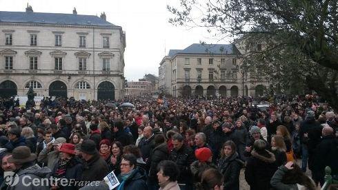Notre marche à Orléans ce  samedi matin ....
