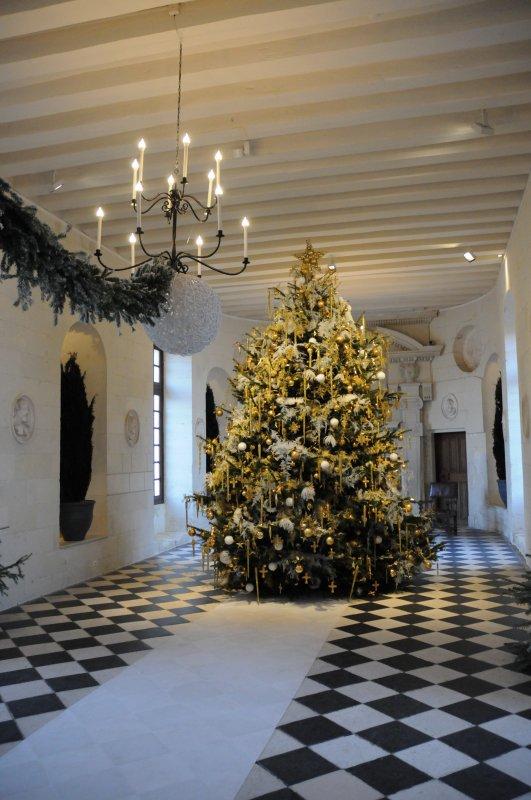 Joyeux  Noël à Chenonceaux ..!!-1- Les sapins -