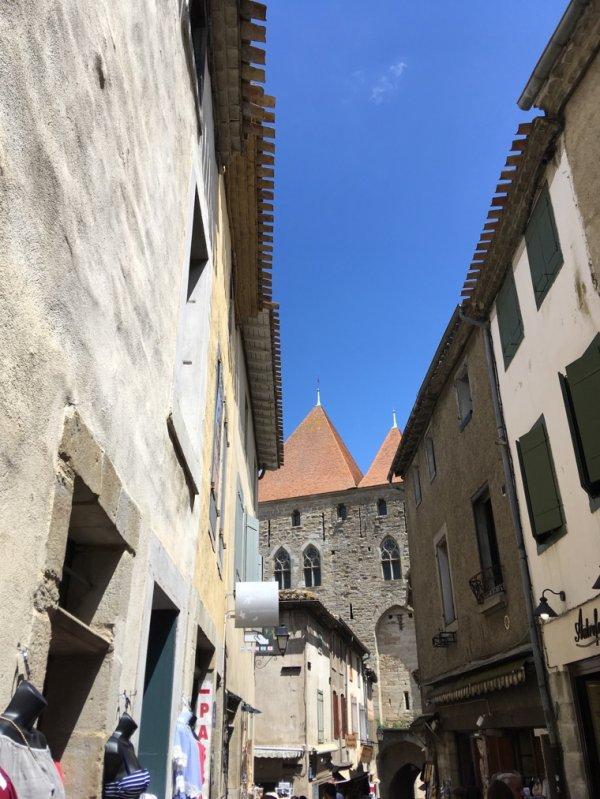 Coucou d'une cité médiévale...!