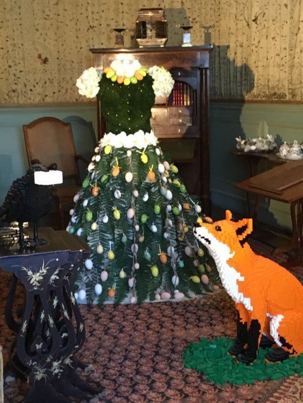 À Cheverny, Alice cherche son lapin -3-