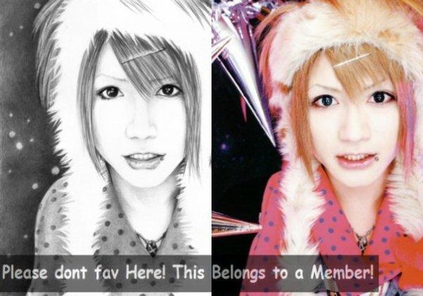 (left)My draw (right)Miku