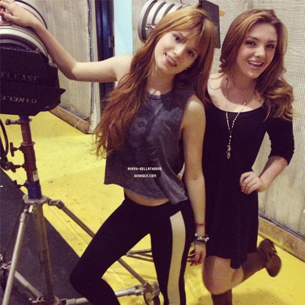 Nouvelle photos Twitter de bella le 1 fév. 2013.