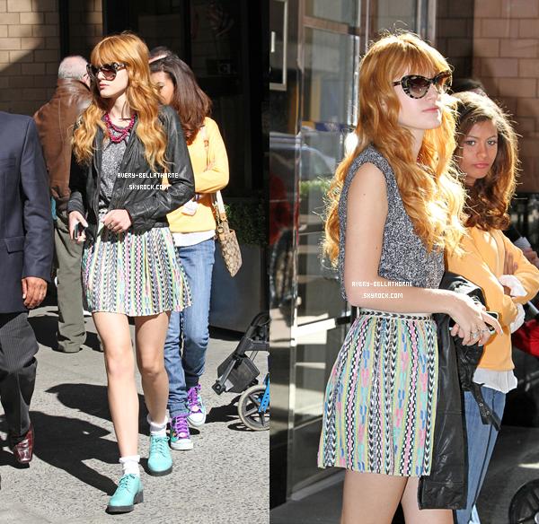 Bella & Olivia Grace sortant de leurs hôtel deux fois puis se baladant dans New-York le 30 mars 2013.