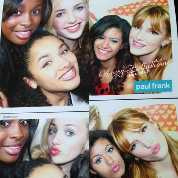 Bella à l'événement de la nouvelle collection de Paul Frank le 8 avril 2013.