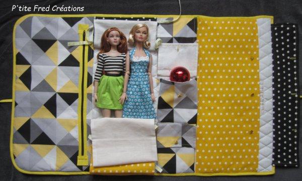 Pochettes ou housses pour poupées fin