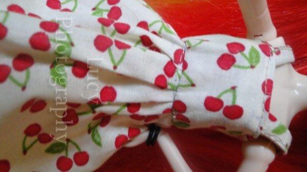 - Robes Faites à la main & à la machine à coudre -