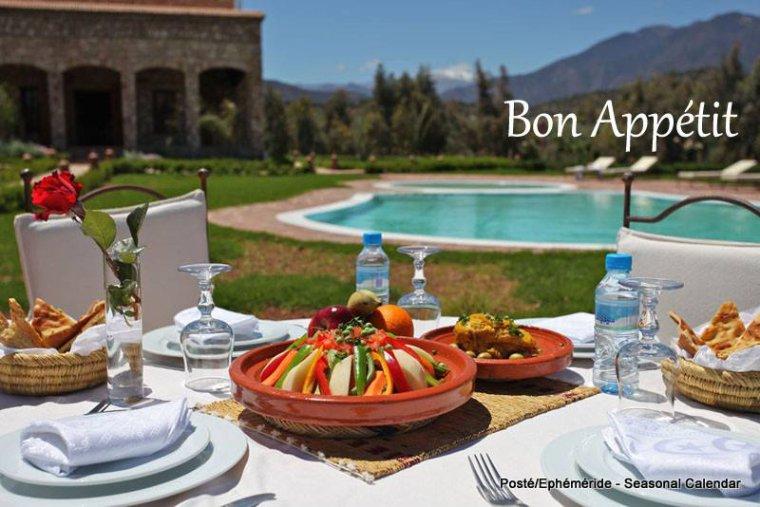 bonjour mes amis(e)s.. je vous souhaite un excellent appétit .. et un agréable après midi de dimanche, sous une chaleur torride !!!! .. bisous Josie