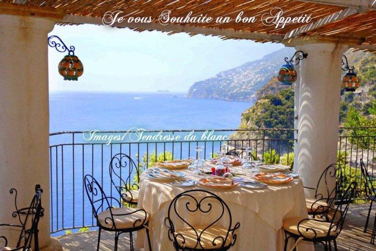 bonjour mes amis(e)s.. je vous souhaite un excellent appétit .. et un agréable après midi de lundi, avec cette vague de chaleur qui continue !!!!  .. bisous Josie