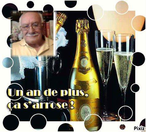 Joyeux Anniversaire Paco ... je te souhaite beaucoup de joie et de bonheur ... profite bien de cette journée exceptionnelle ... Mille bisous ton amie Josie