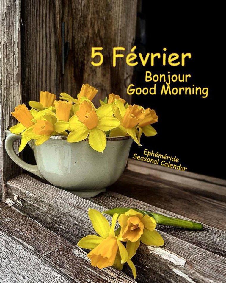 bonjour mes amis(es) .. je vous souhaite un excellent appétit, et un bel après midi de lundi , ici pluie et vent .. bisous Josie