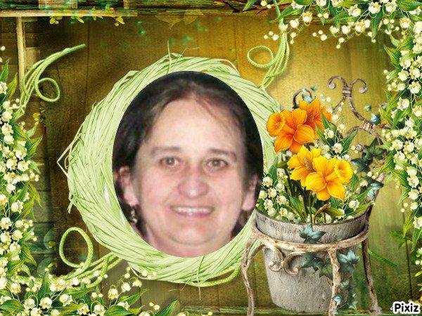 Marie, que ces quelques brins de muguet t'apportent de la joie et du bonheur toute l'année  ... Bisous du (l) Josie
