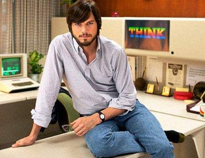 La première photo d'Ashton Kutcher en Steve Jobs