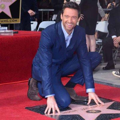 Hugh Jackman reçoit son étoile sur Hollywood Boulevard