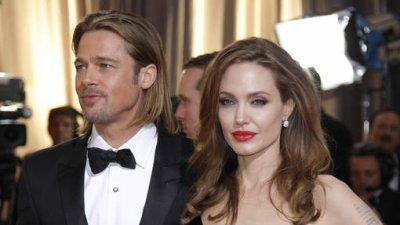 Brad Pitt et Angelina Jolie se sont-ils mariés en secret ?