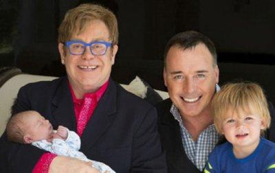 Elton John nous présente Elijah