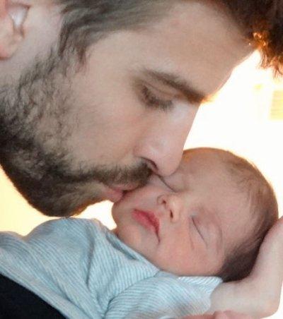 Shakira et Gérard Piqué dévoilent la première photo de leur bébé