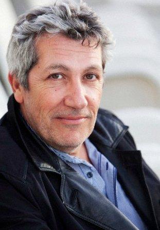 Cinéma - Portrait de Alain Chabat, Le Grec dans le film << Turf >>