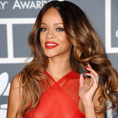 Rihanna fait ses premiers pas de styliste à Londres
