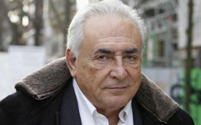 """Dominique Strauss-Kahn veut faire interdire le livre """"Belle et Bête"""""""